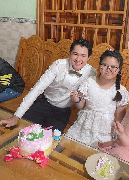 Tai hon voi chong kem 9 tuoi, cuoc song cua Thao Trang the nao?-Hinh-10