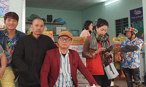 """Cha de"" ""Dai gia chan dat"" tiet lo hau truong lam phim hai Tet-Hinh-3"