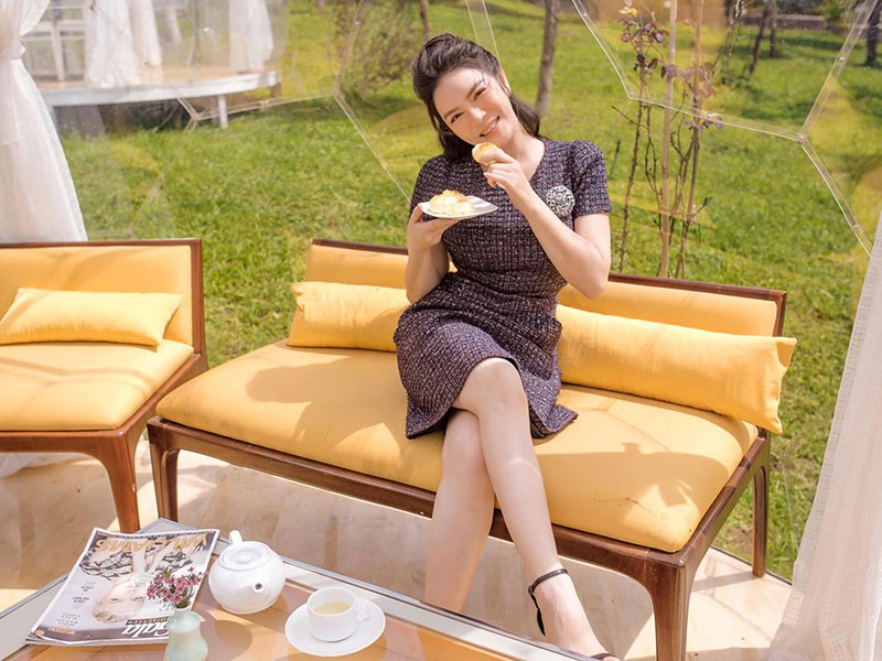 Cuoc song kho cuc cua Ly Nha Ky truoc khi la dai gia showbiz-Hinh-11