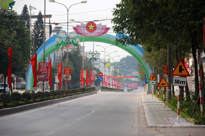 Mung 1 Tet: Canh de thuong trong khu cach ly TP Chi Linh-Hinh-9