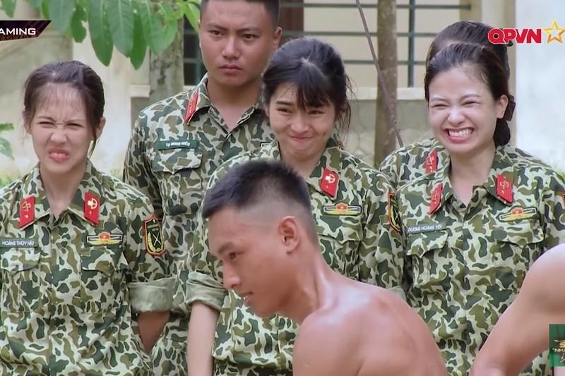 Xem Ky Duyen, Dieu Nhi dung tay khong chat ngoi-Hinh-4