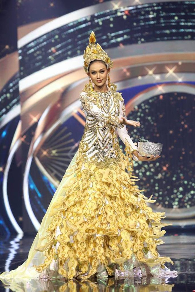 Dai dien Myanmar hanh dong bat ngo tai Miss Universe khien fan lo ngai-Hinh-4