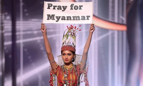 Dai dien Myanmar hanh dong bat ngo tai Miss Universe khien fan lo ngai