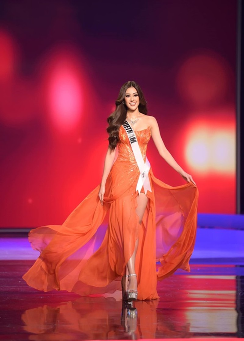Hanh trinh den Top 21 Miss Universe 2020 cua Khanh Van-Hinh-2