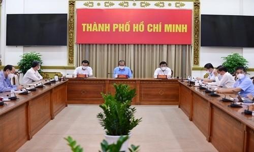 TP.HCM xem xet xu ly 3 nguoi khai bao khong trung thuc tai BV quan Tan Phu