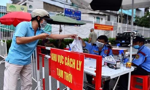 TP.HCM dung hoat dong trung tam thuong mai tu 0h ngay 31/5