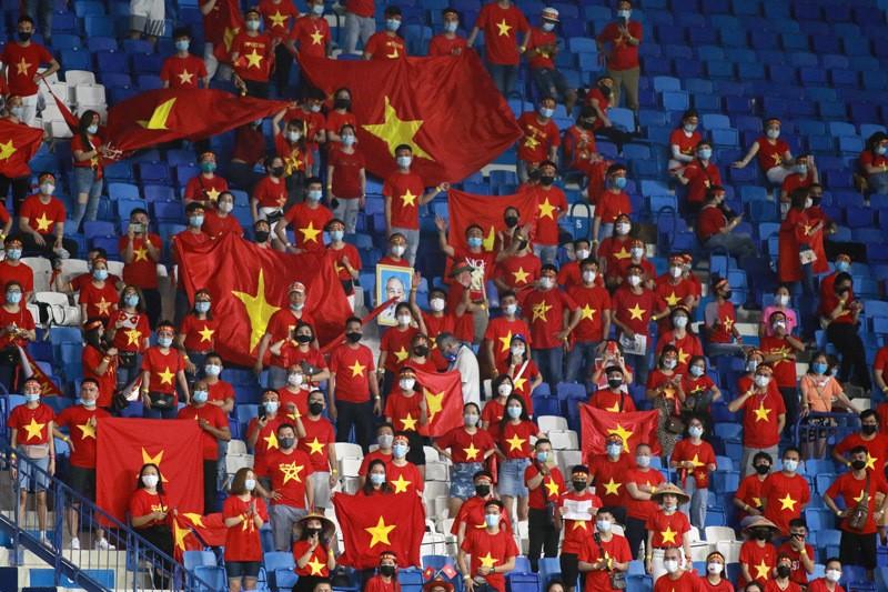 Tuyen Viet Nam mo 'hoa rong': Dung de thay Park co don-Hinh-3