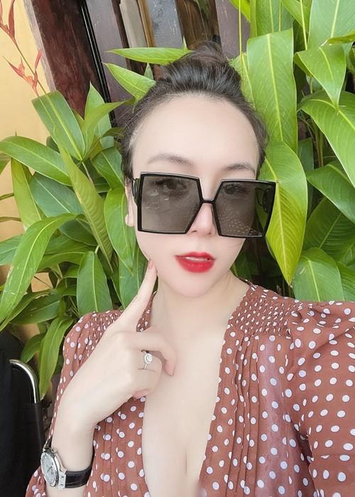 Thao Bebe sinh doi van quyen ru, Khac Viet khong me moi la-Hinh-5