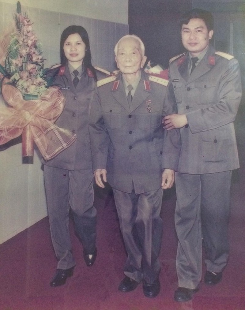 Dai tuong Vo Nguyen Giap: Nguoi anh Ca trong trai tim linh can ve-Hinh-2