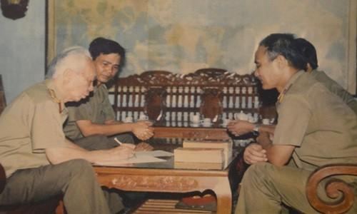 Dai tuong Vo Nguyen Giap: Nguoi anh Ca trong trai tim linh can ve