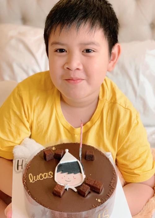 Con trai lon phong phao cua MC Quynh Chi va chong cu Van Chuong-Hinh-3