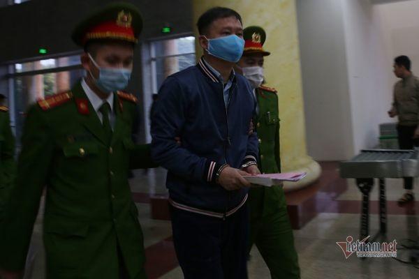 Chu moi biet thu Tam Dao cua Trinh Xuan Thanh 'khoc do meu do'