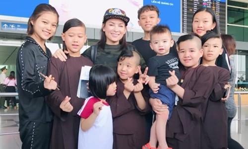 Phi Nhung qua doi, Ho Van Cuong va hon 20 con nuoi ra sao?-Hinh-2