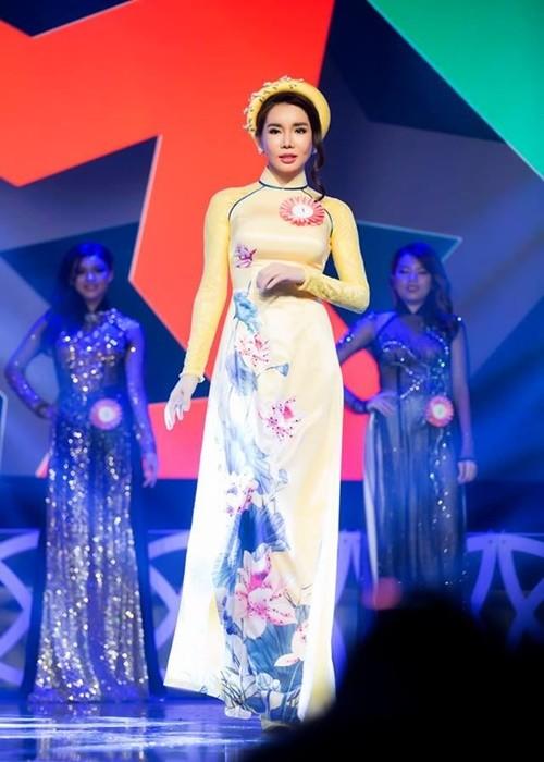 """Tai tieng loat my nhan thi """"hoa hau ao lang"""" giong La Ky Anh-Hinh-3"""