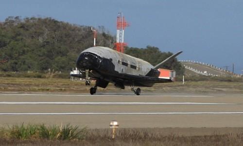 SpaceX se lan dau phong tau vu tru bi an X-37B