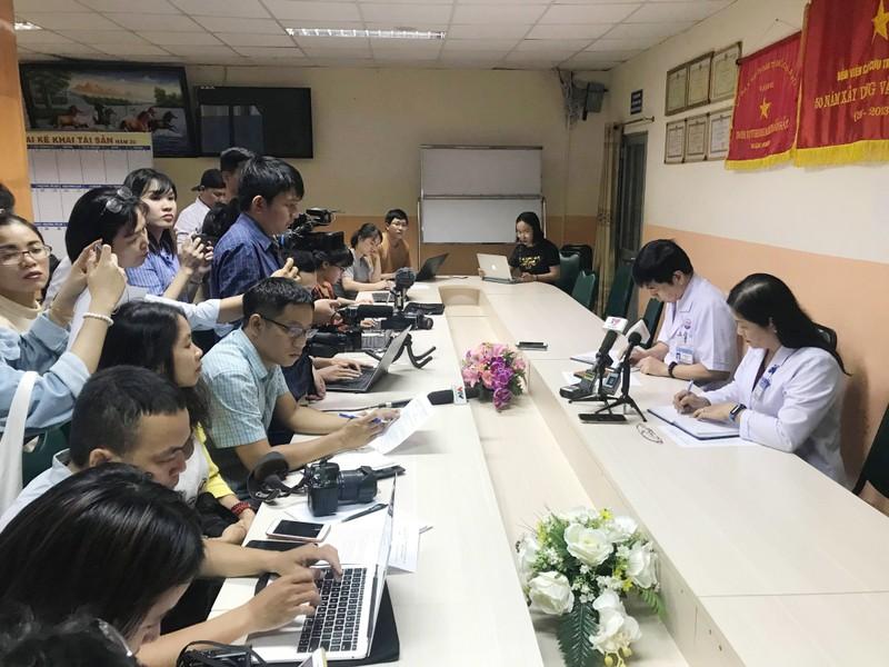 Giam doc no sung tu sat o BV Trung Vuong tung co y dinh nhay lau-Hinh-2