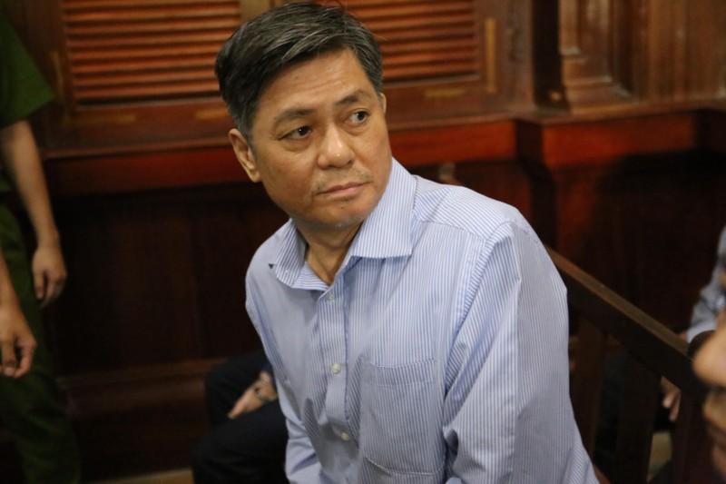 Cuu Pho chu tich TP HCM Nguyen Huu Tin linh 7 nam tu vi giao dat vang cho Vu 'nhom'-Hinh-3