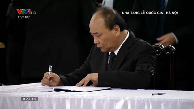 Toan canh Le Quoc tang Chu tich nuoc Tran Dai Quang-Hinh-10