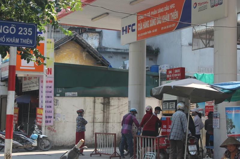 "Can canh nhung ""qua bom"" no cham giua trung tam Ha Noi: Quan Dong Da len tieng-Hinh-3"