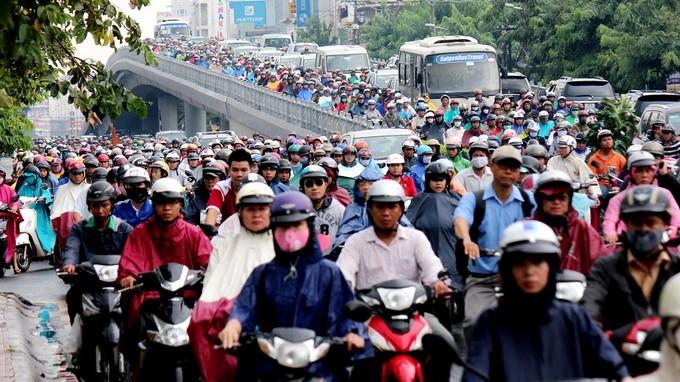 Nam 2030 TP HCM cam xe may: Loai bo dan dan de nguoi dan do