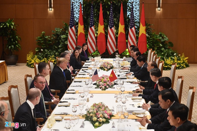 Thu tuong Nguyen Xuan Phuc hoi kien Tong thong Donald Trump-Hinh-3