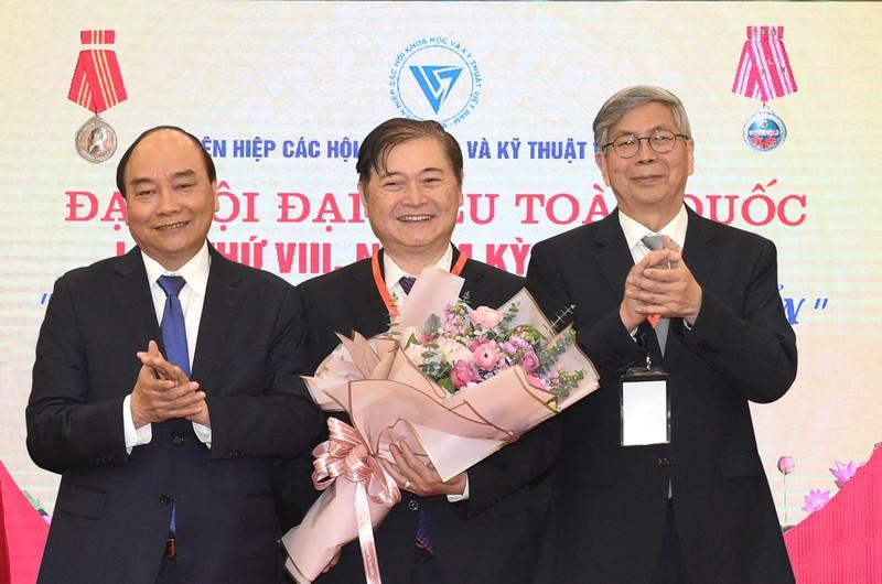 Chu tich VUSTA Phan Xuan Dung: KHCN doi moi sang tao la then chot phat trien dat nuoc-Hinh-3