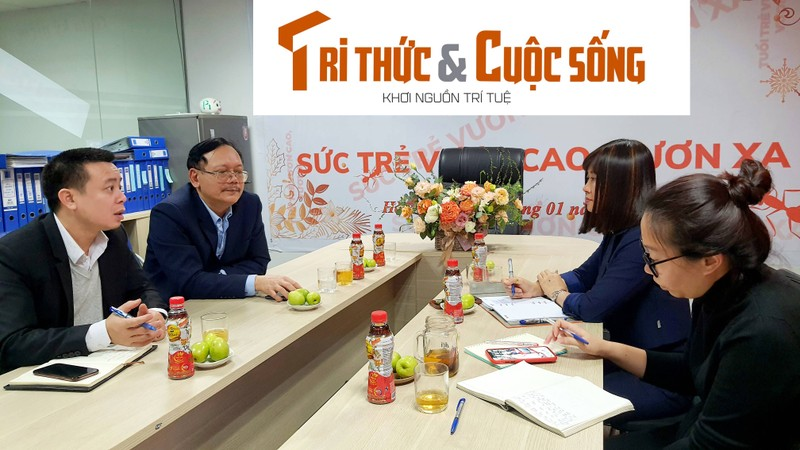 Lanh dao Cong doan VUSTA lam viec voi Bao Tri thuc va Cuoc song