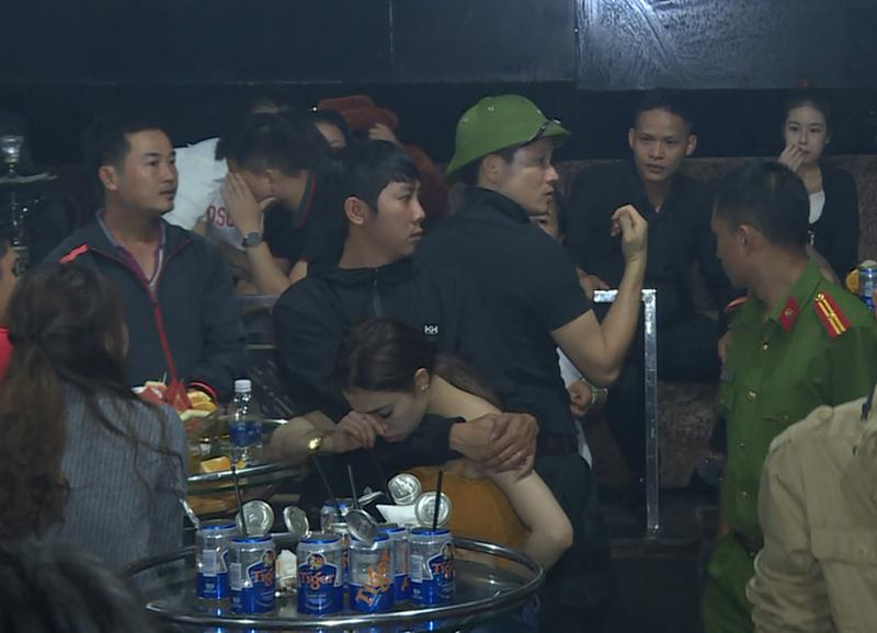 Mot thang ve Dong Nai, dai ta mu coi Vu Hong Van tran ap bang dang, tu diem nao?-Hinh-2