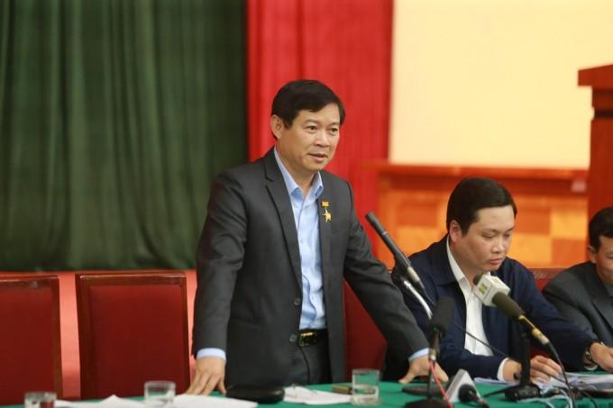Chanh Van phong Thanh uy Ha Noi bi tam dinh chi sinh hoat Dang
