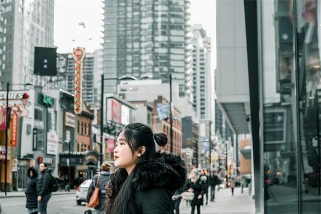 """Hot girl xu Nghe du hoc Canada: """"Tet den, nho vi banh chung que huong""""-Hinh-2"""