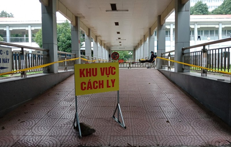 Covid-19 ngay 15/3: The gioi 157.046 ca duong tinh corona, Viet Nam 53 benh nhan
