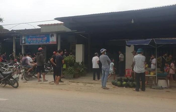 Di oto doi no, ban nguoi trong thuong o Quang Binh: Chu no la ai?