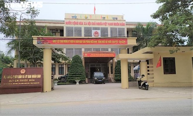 Thanh Hoa: Dinh chi can bo xa dua nguoi nha vao DS can ngheo