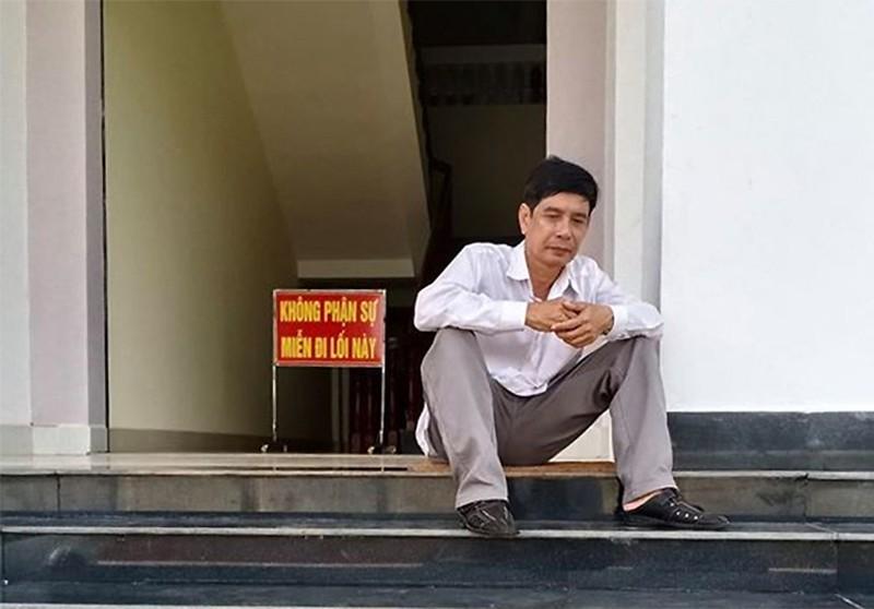 Dieu tra nguyen nhan bi cao nghi nhay lau tu tu tai toa Binh Phuoc-Hinh-2