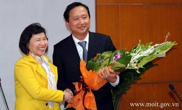 "Nguyen Thu truong Ho Thi Kim Thoa: Tu ""Pho tu lenh"" uy quyen den khoi to-Hinh-2"