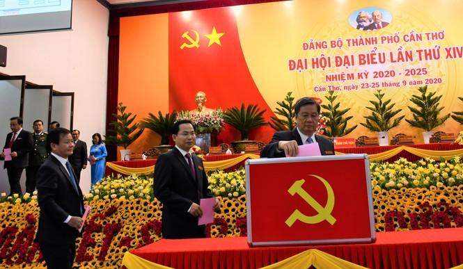 Ong Le Quang Manh duoc bau lam Bi thu Thanh uy Can Tho-Hinh-2