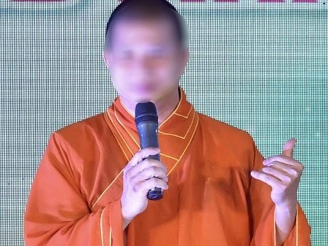 Bat nguyen giam doc Trung tam Co nhi vien o Vinh Long