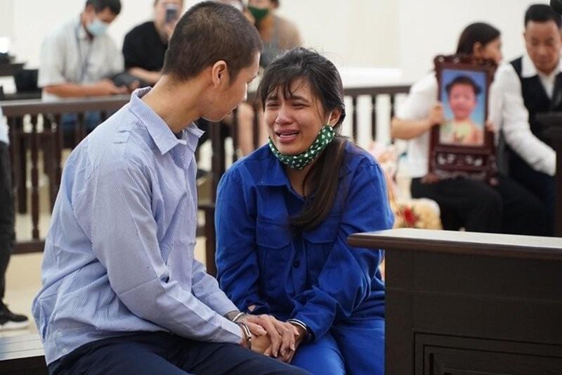 Be 3 tuoi bi danh tu vong: Viet don xin giam nhe hinh phat co giam an?