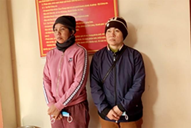 "Nhan 2.000 USD de ""van chuyen"" 2 be trai sang Trung Quoc"
