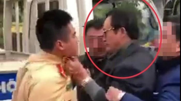 "Vu Chi cuc truong tum co ao CSGT: ""Hanh vi coi thuong phap luat"""