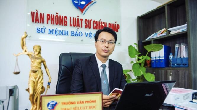 """Dung clip """"nong"""" tong tien nu hieu truong: Cao nhat an 20 nam tu-Hinh-2"""