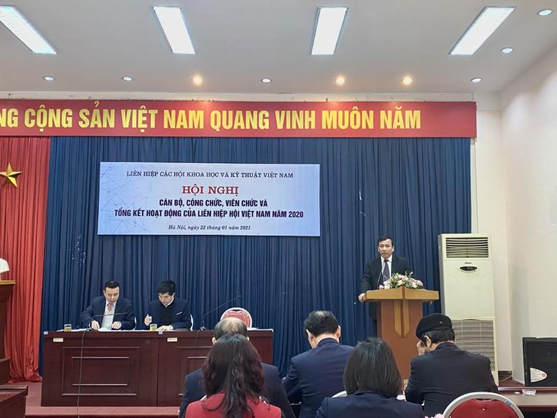Phat trien va day manh Lien hiep Hoi Viet Nam vung manh