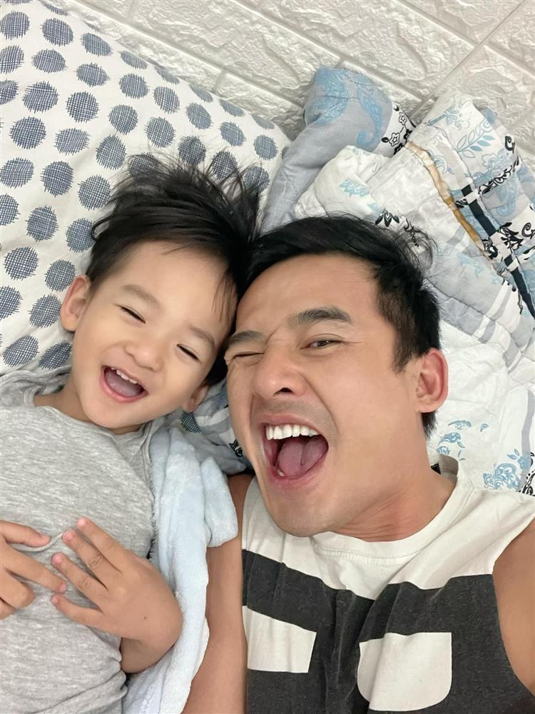 Thuy Diem them di bien, Luong The Thanh lap tuc tra loi man moi-Hinh-3