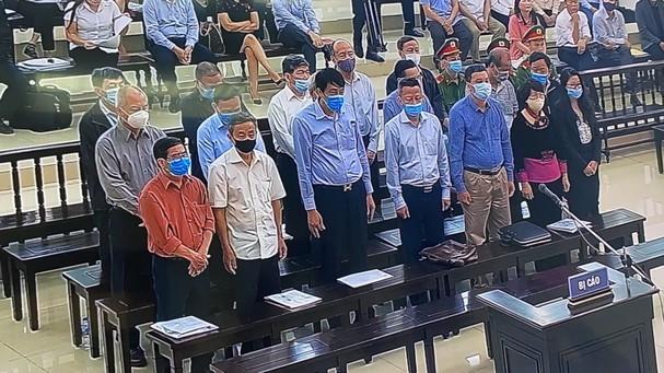 Vu Gang thep Thai Nguyen gay that thoat 830 ty: De nghi muc an 19 bi cao