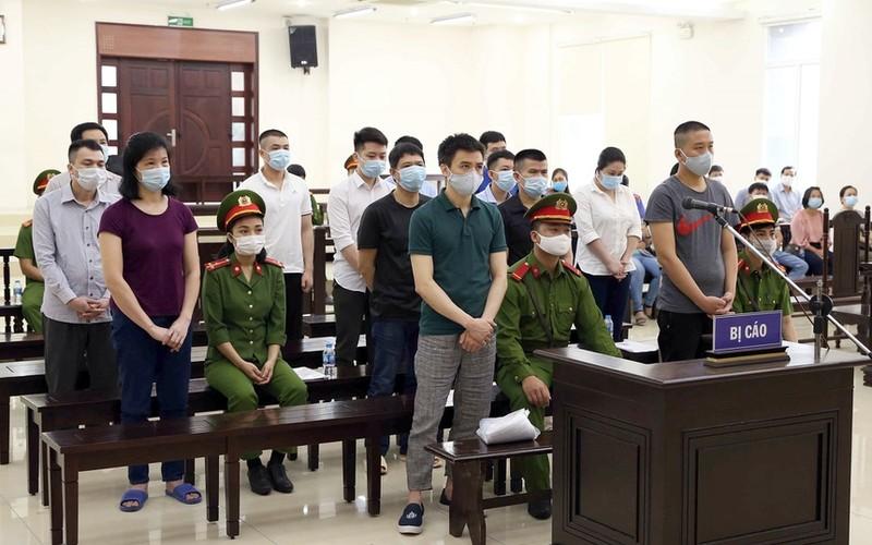 Xet xu Nhat Cuong buon lau: Tuyen an hon 100 nam tu cho 14 bi cao