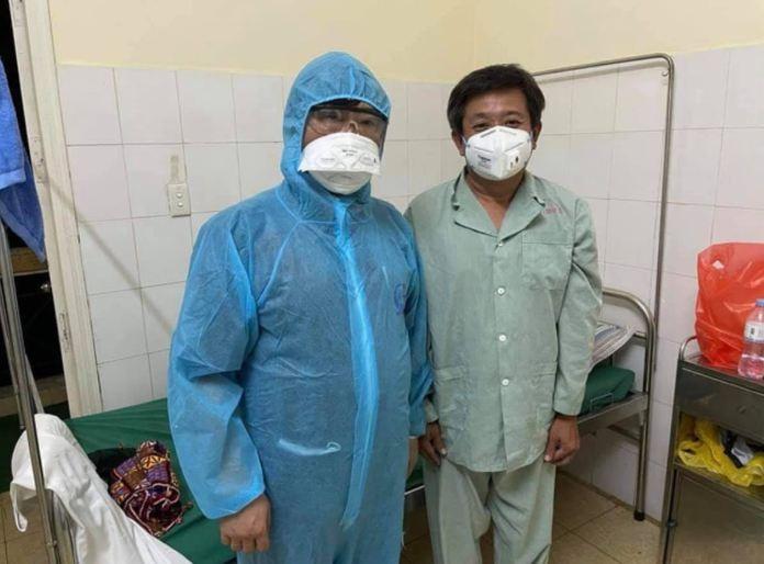 """Ong Doan Ngoc Hai: """"Lan dau tien toi nam tren xe cuu thuong"""""""