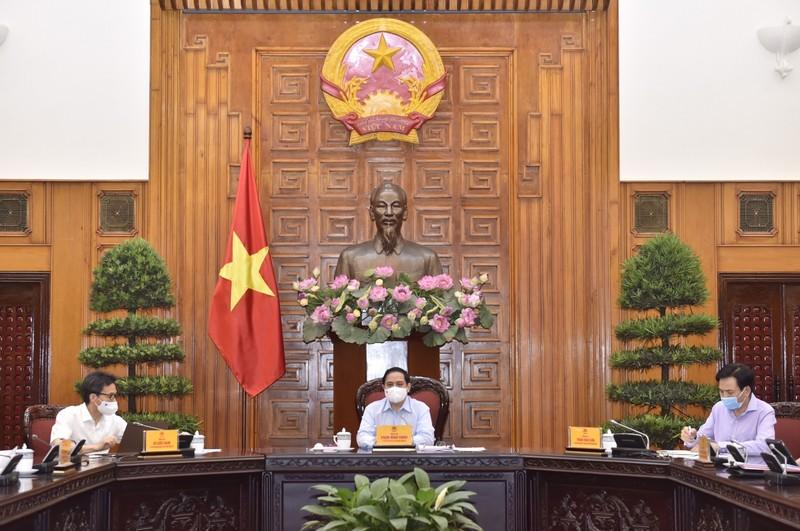 "Thu tuong Pham Minh Chinh: ""Thuc hien chien luoc vaccine phong, chong COVID-19"""