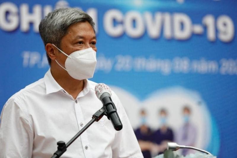 Thu truong Bo Y te keu goi F0 khoi benh cung chong dich COVID-19