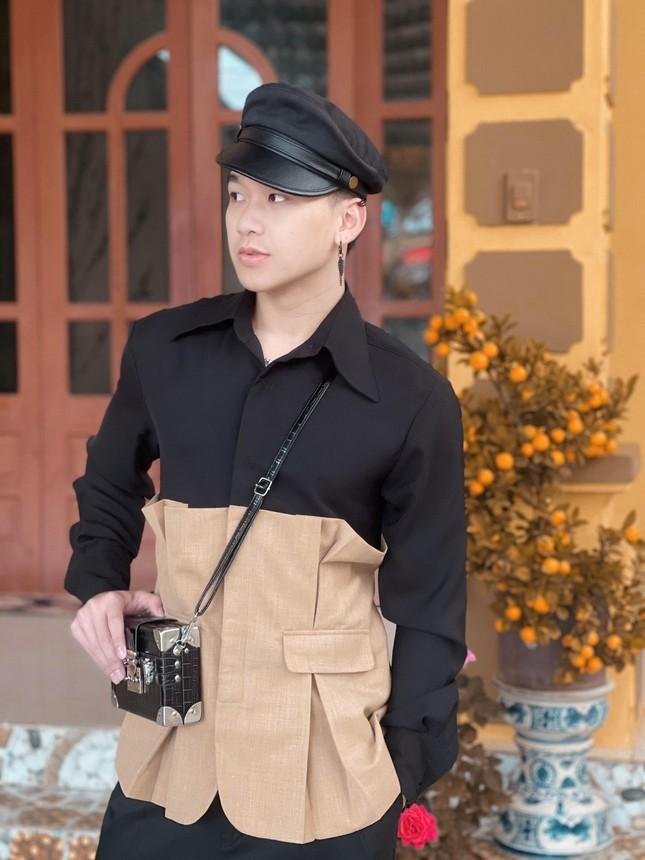 Trung uy dien trai tung la thu khoa: Dam me ca hat-Hinh-3