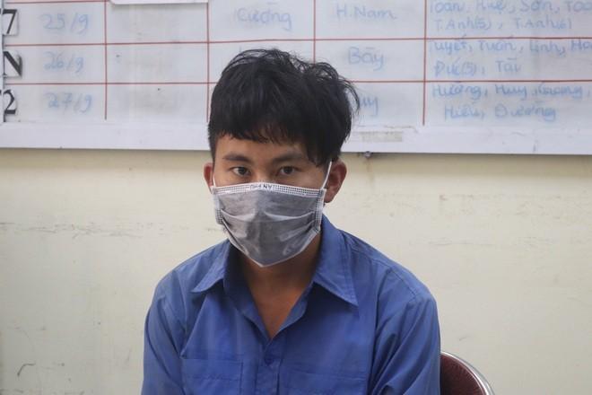 Di nha nghi voi tinh nhan, co gai bi ban sang Trung Quoc-Hinh-2